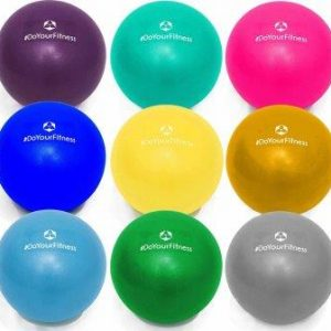 pelota pequeña pilates